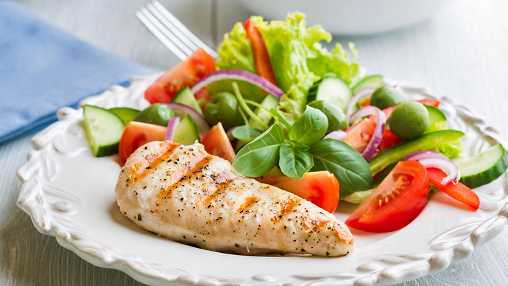 Dieta para emagrecer - refeição de uma dieta low carb